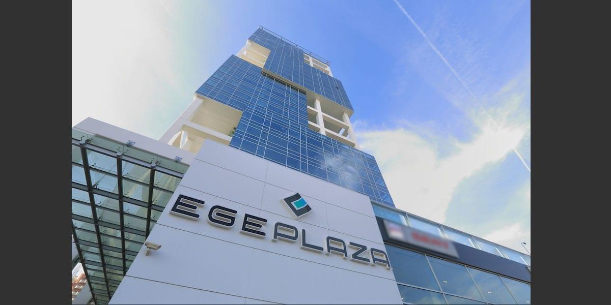 egeplaza02